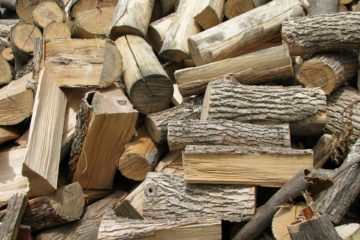 Image of firewood for blog post about how to stack firewood for your fire pit.