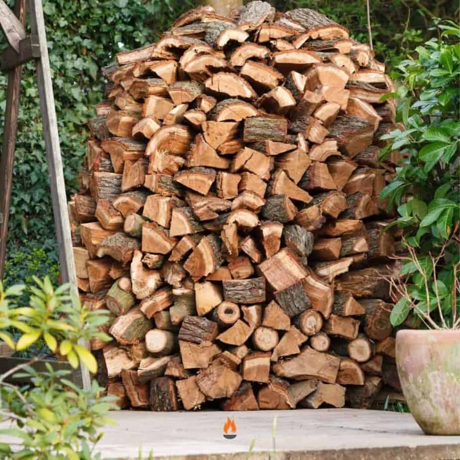 Image of a holz hausen firewood stack