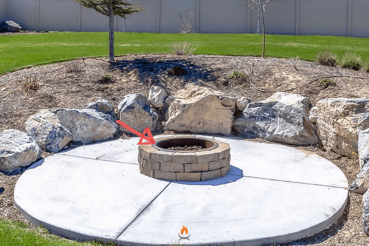 Image of a paver fire pit round with fire pit ring insert